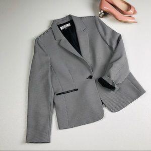 Tahari ASL Houndstooth blazer peak lapel jacket